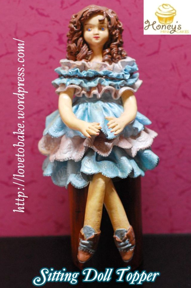 sitting-doll-topper1