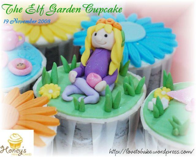 the-elf-garden-cupcake-female
