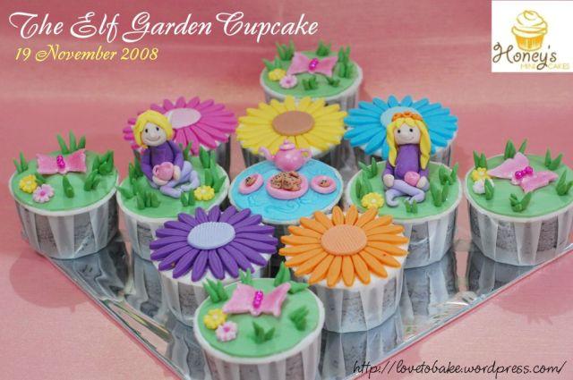 the-elf-garden-cupcake