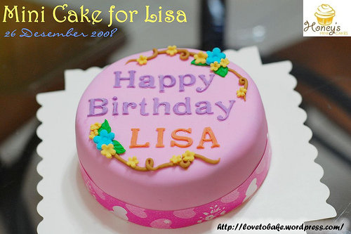 mini cake for lisa