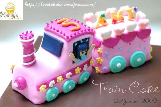 train-cake-2