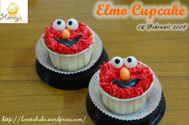 sesame-street-elmo-cupcake