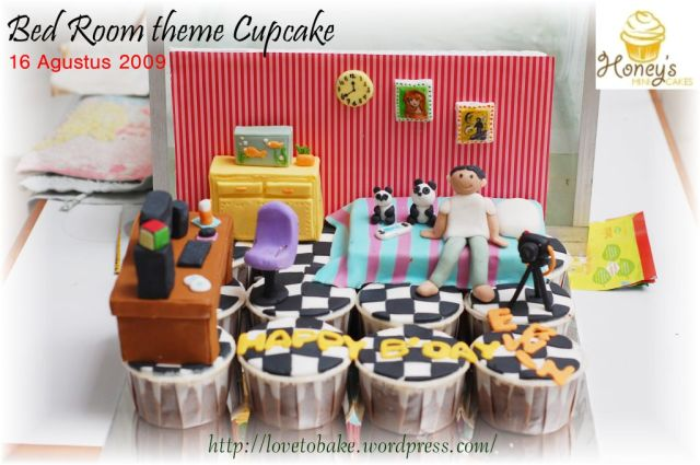 Bed room theme Cupcake 1