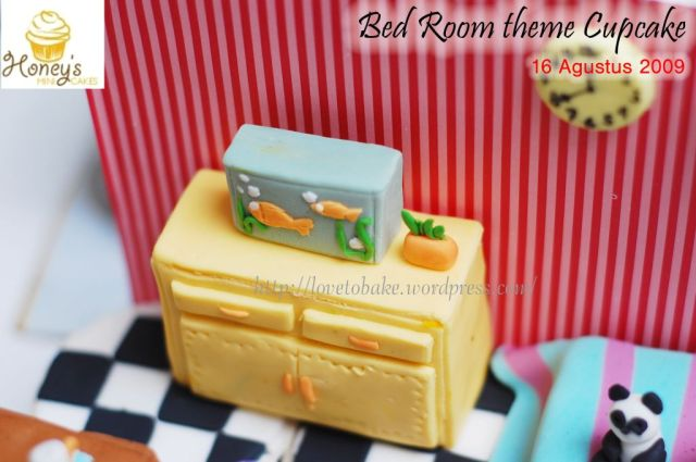 Bed room theme Cupcake 2