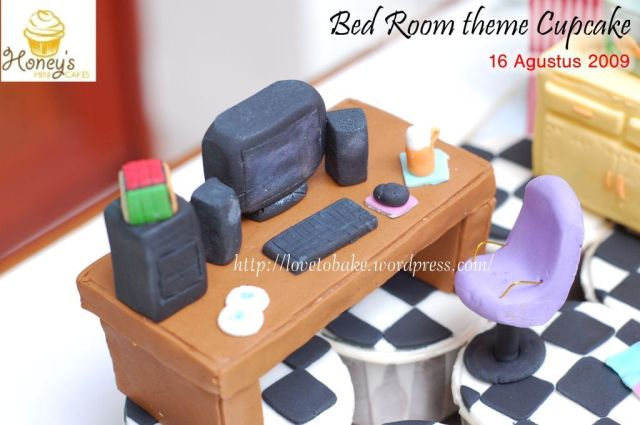 Bed room theme Cupcake 3