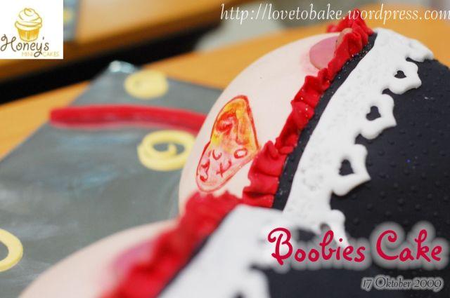 boobies cake 2