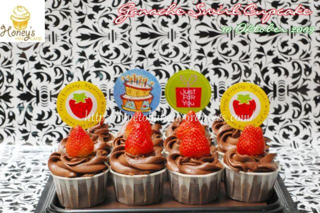Ganache Swirl Cupcake 1