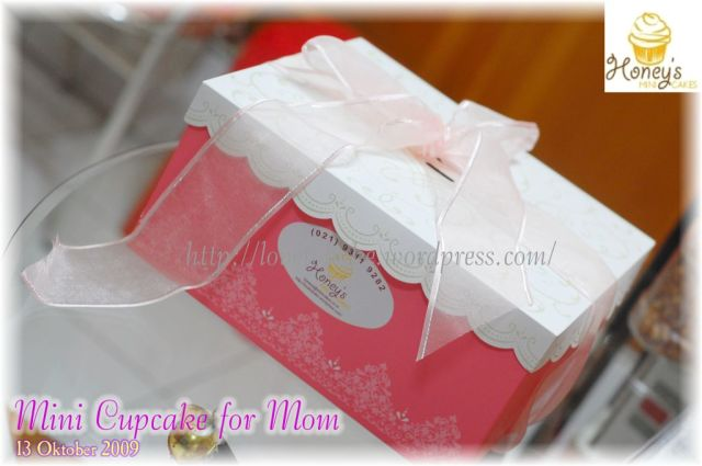 Mini Cupcake for Mom-Packaging