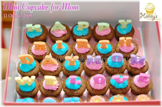 Mini Cupcake for Mom