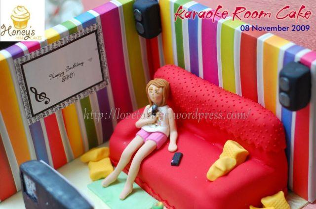 Karaoke Room Cake 2