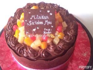 4-Chocolate Fruit Cake